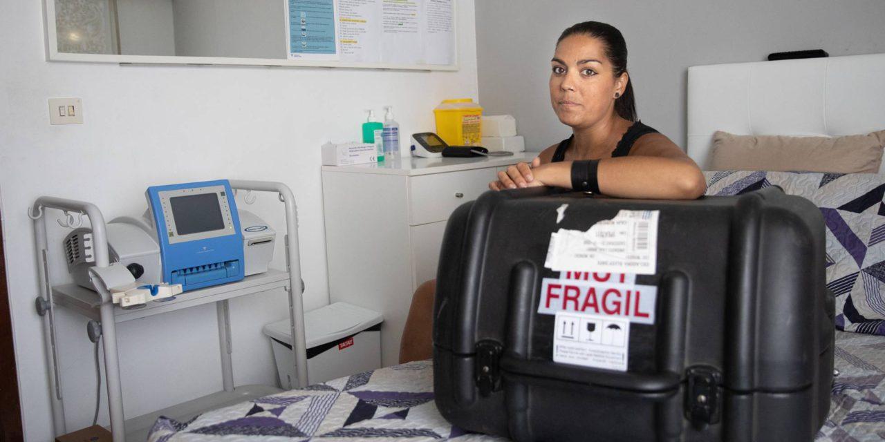 """""""Esta máquina es mi riñón, si voy en avión no puede volar en la bodega"""""""