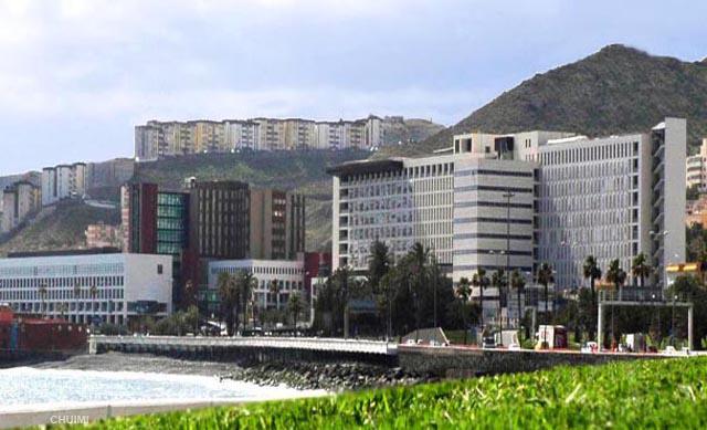 El Hospital Insular de Gran Canaria implanta un sistema de diálisis peritoneal automatizada
