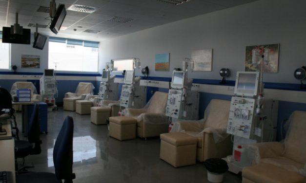 Alcer Coruña denuncia la «desprotección» en el traslado de las personas que acuden a hemodiálisis