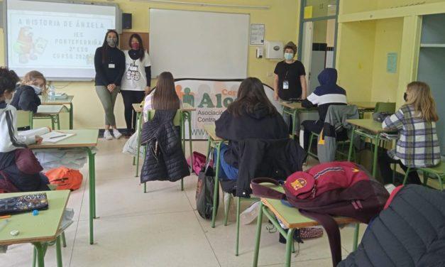 Pacientes renales hablan de la enfermedad y de la donación de órganos en el IES de Pontepedriña